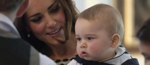 Prince George: primeras fotos oficiales.