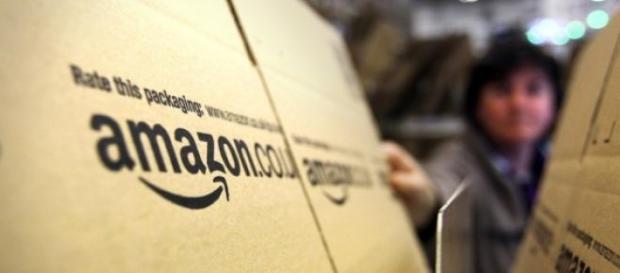 Amazon prepara los pedidos en su centro logístico.