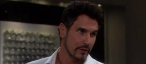 Bill incoraggia Quinn a gettarsi dal cornicione