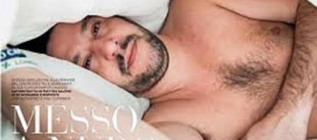 Matteo Salvini posa nudo per il settimanale 'Oggi'