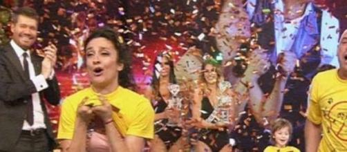 """Anita y el """"Bicho"""" festejan ser los campeones."""