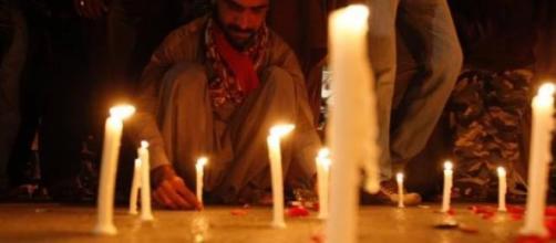 Commemorazione vittime dell'attentato a Peshawar