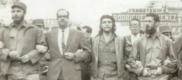 Anni 60, Che Guevara e Fidel Castro in marcia
