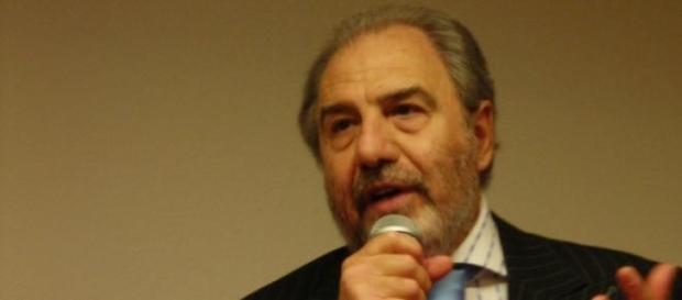 Antonio Caprarica lascia Agon Channel