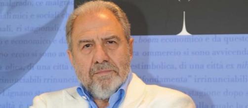 Agon Channel: si dimette Antonio Caprarica