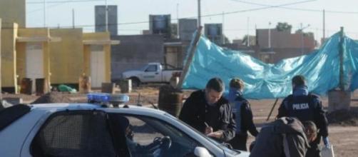La policía dio con los sospechosos