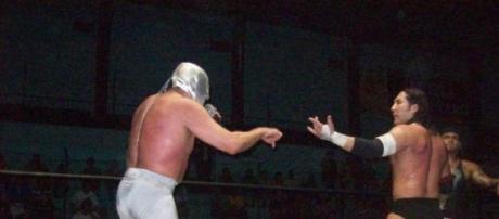 El Hijo del Santo regresa al ring