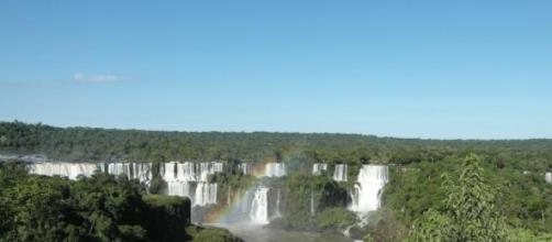 Brasil de paisagens mil .