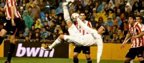 Sergio Ramos en acción en la liga española