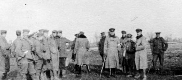 Confraternização de tropas alemãs e britânicas