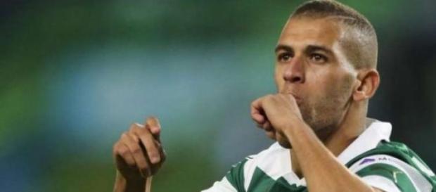 Sporting pede 10 milhões para libertar Slimani