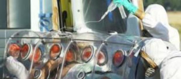 Ebola, si aggravano condizioni del medico Italiano