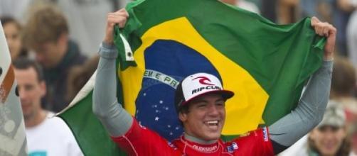 Gabriel Medina é o Campeão Mundial de Surfe
