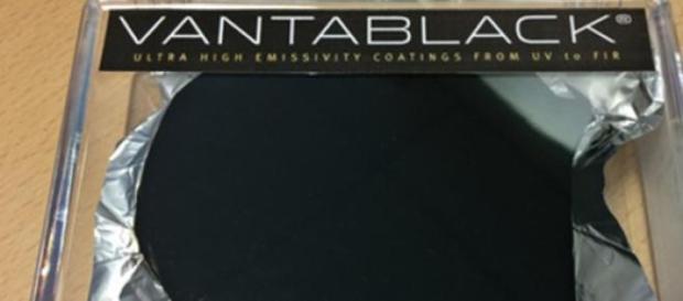 Vantablack, el tejido más negro existente
