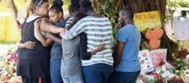 Homenaje a los niños asesinados en Australia