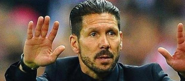 Il 'Ciolo' Simeone , allenatore dei cholchoneros