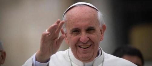 El Papa denuncia los males de la Curia.