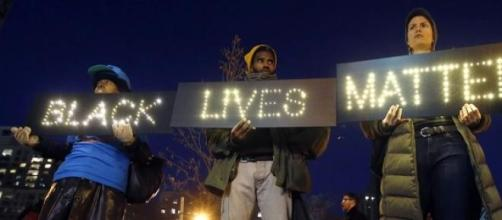 Manisfestações por toda a América