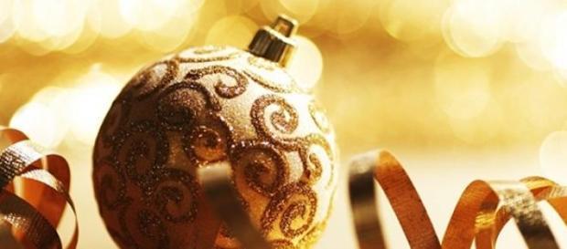 Auguri Di Natale Per Il Marito.Frasi Auguri Di Natale 2014 Idee Romantiche Per Innamorati E