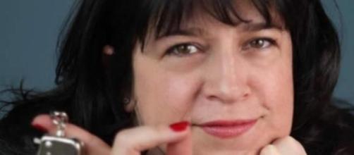 "Autora del Best-seller ""50 sombras de Grey"""