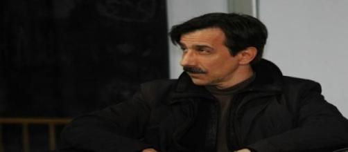 Jordi Boixaderas es el cuñado gay en la serie.
