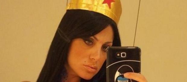Marika Fruscio si veste da Wonder Woman