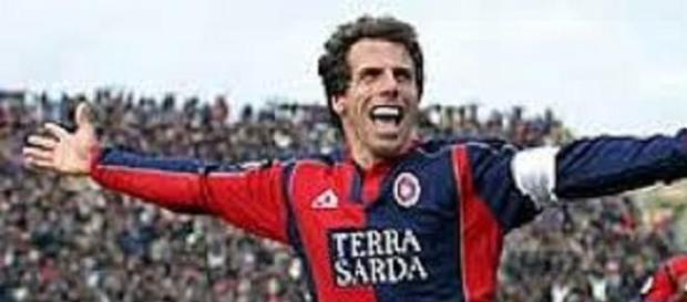 Gianfranco Zola nuovo allenatore del Cagliari.