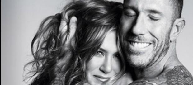 La complicidad entre Jennifer y Chris es evidente