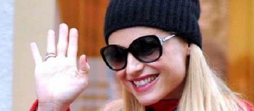 Michelle Hunziker in giro per Milano
