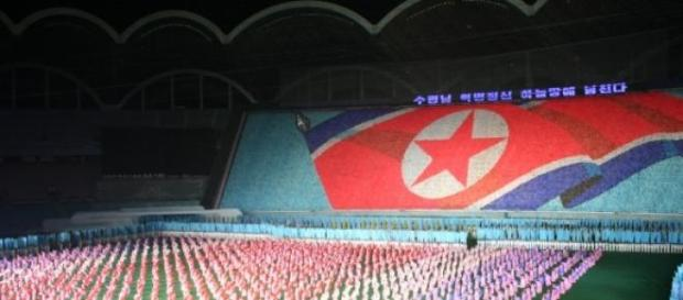 Estados vizinhos aliam-se contra Coreia do Norte.