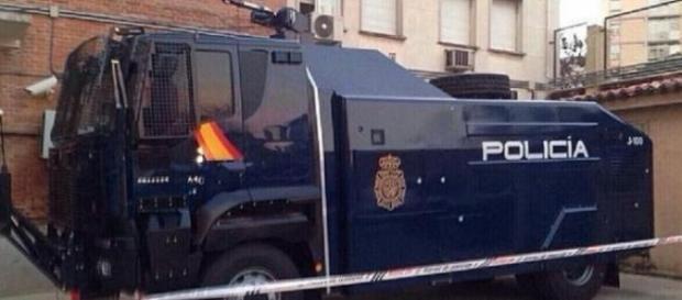 Imagen del camión bomba de agua recién comprado