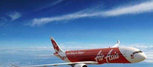 Aviao desaparecido entre Indonesia e Singapura