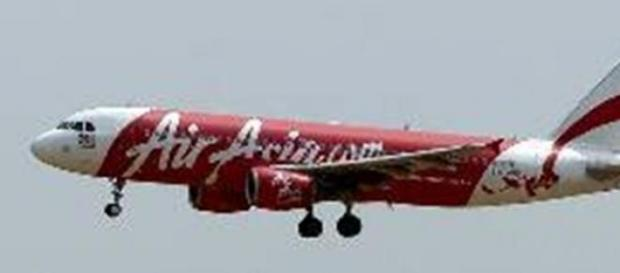 Búsqueda intensa del avión desaparecido