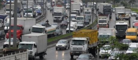 Marginal Tietê com tráfego intenso