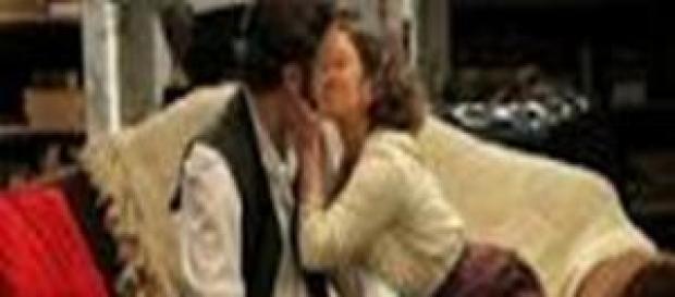 Il bacio tra Candela e Tristan.