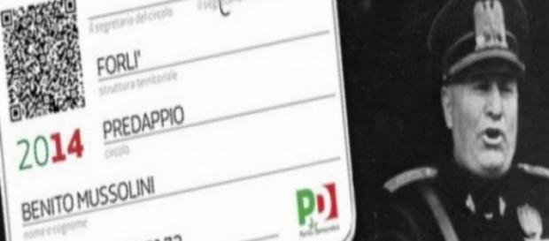 La tessera di Benito Mussolini