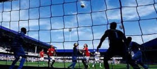 QPR-Swansea, Premier League