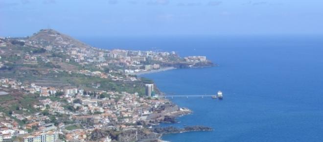 Ilhas Selvagens são tuteladas administrativamente pelo arquipélago da Madeira e parte integrante do território nacional. A presença de gás natural na região aguçou o «apetite» espanhol pelo território localizado no Oceano Atlântico.