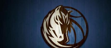 Logo de los Dallas Mavericks