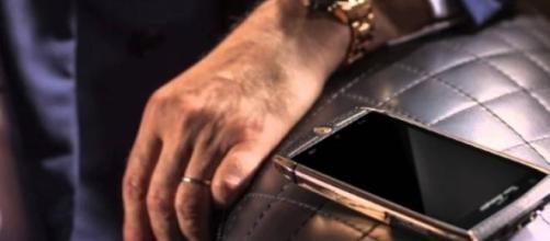 88 Tauri un smartphone caro