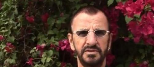 Ringo Starr anuncia el lanzamiento de su disco