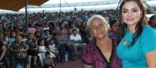 María de los Ángeles Pineda en un acto asistencial