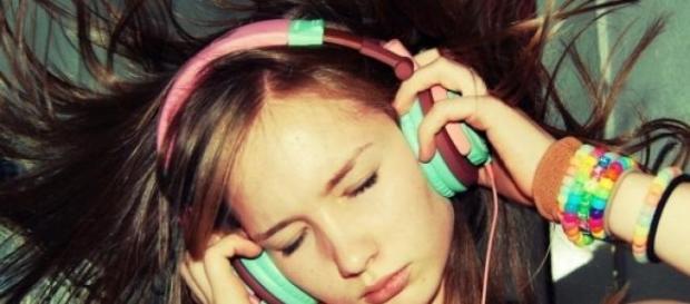 Escuchar música fuerte puede provocar hipoacusia