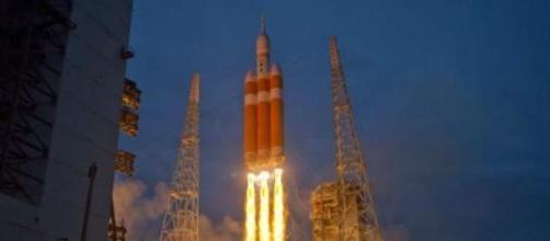 Lancio perfetto del Delta IV Heavy con l'Orion