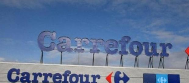 Carrefour abrirá en Argentina 20 Shoppings.