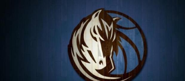 Imagen del logo de los Dallas Mavericks