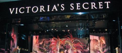 Sara Sampaio desfilou pela Victoria's Secret