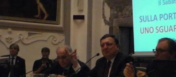 Barroso durante la lezione sull'Europa del futuro.