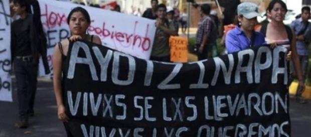 Manifestación de familiares de los desaparecidos