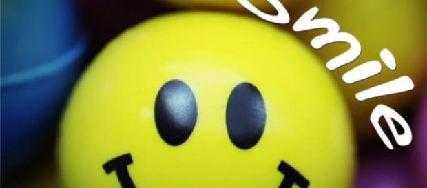 Sorrir faz bem à própria pessoa e aos outros